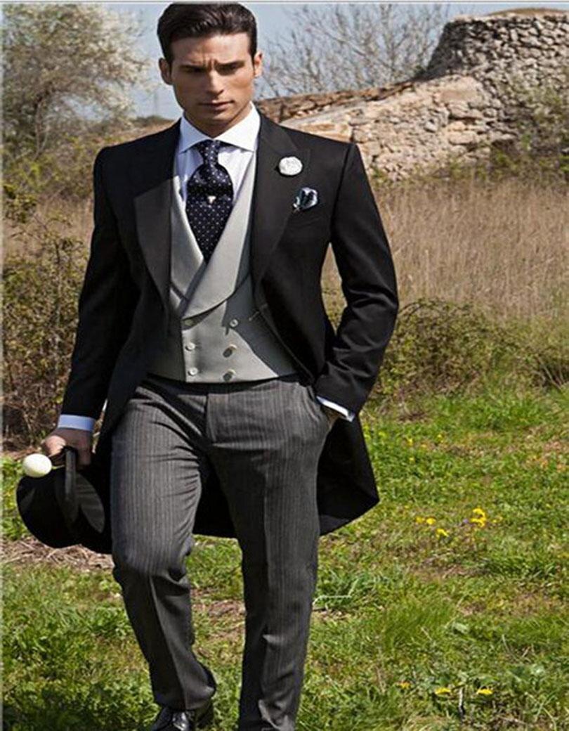 Style matin Un Bouton Noir Smokings de Marié de Garçons D honneur Hommes  Mariage Prom Costumes Epoux (Veste + Pantalon + Gilet + cravate) K  598 ae5623db36e