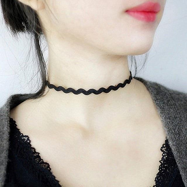 Gros nouveaux Styles Bijoux amour Vintage Triangle géométrie tatouage goutte d'eau clavicule collier ras du cou pour femmes chaîne Bijoux 4