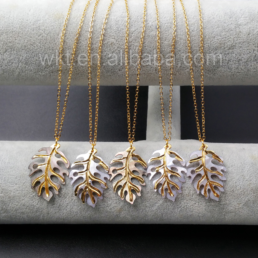 WT N917 Wholesale Natural Shell Necklace With Gold Color Unique Design Shell carving leaves Shape Leisure