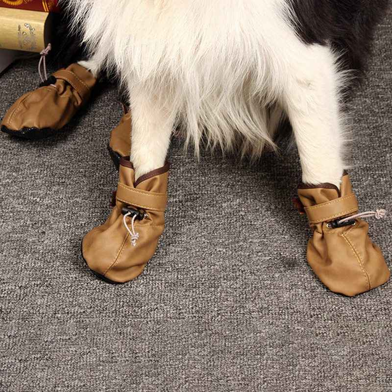 4 adet Ayarlanabilir Kış sıcak tutan çoraplar Sneaker Paw Koruyucu Köpekler Kedi Için Su Geçirmez Köpek Ayakkabı Yansıtıcı Anti Kayma yağmur çizmeleri