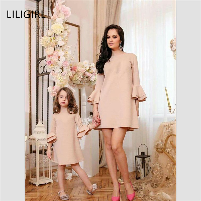 LILIGIRL Girls Party Dress Family Matching Clothes 2019 New Mother Daughter Solid Color Dresses For Mommy And Me Clothes Outfits