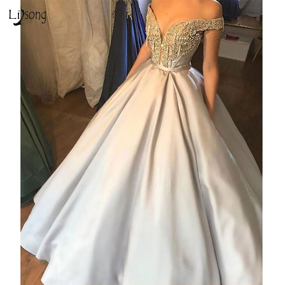 Gorgeouse Light Champagne Crystal   Evening     Dresses   2019 V-neck Off Shoulder Beaded Long Prom Gowns Plus Size Robe De Soiree
