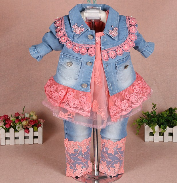 0-2Y new 2017 spring girls lace denim patchwork clothing sets 3pcs kids clothes sets girls lace shirt baby girl autumn set new 2017 spring girls lace flower denim jacket t shirt jeans clothing sets 3pcs kids clothes sets girls casual denim suit