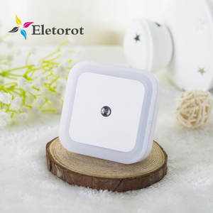 0.5W EUUS Plug-in LED Night Light with Dusk to Dawn Sensor Auto LED Light Induction Sensor Control Bedroom Night Lamp For Kids