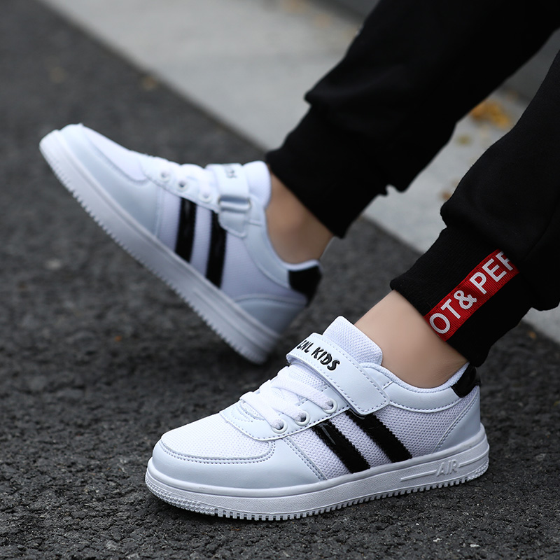 2019 New Breathable Kids Sneakers Boys Running Shoes Zapatos Girls Walking Shoes Rubber Children Sport Shoes Unisex Outdoor Boy in Running Shoes from Sports Entertainment