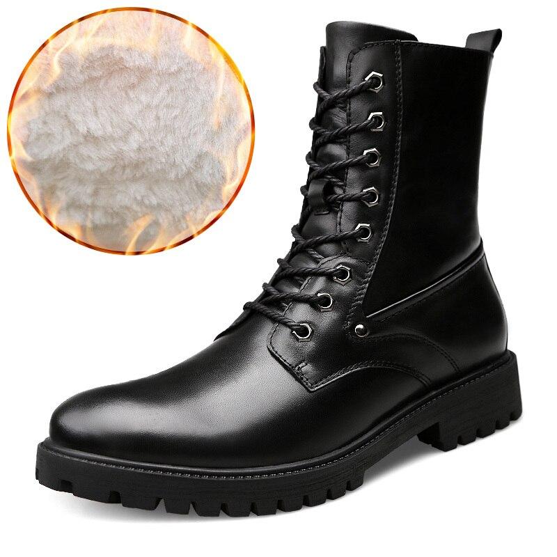 d492a0bdc UEXIA Luxe Haute Bottes En Cuir Hommes Designer Chaussures Mode Casual  Travail Marcher En Caoutchouc Neige Loisirs Mâle Moto High-Cut Hommes