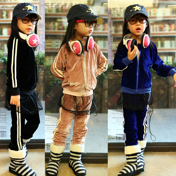Free shipping Hot-selling Spring girl velvet sports leisure suit, long-sleeved coat + trousers children clothing [free shipping] 2015 new arrival fashion female 1 4 years child love baby cashmere long sleeved jacket trousers leisure suit