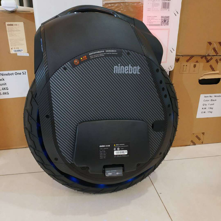 Newest NINEBOT ONE Z6 Z10 electric unicycle wide wheel 1800W motor maximum speed 45km/h,with handle bar and mu
