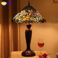 Fumat, витражное стекло Настольная Европейская лампа Стиль со сказочным цветком стеклянная лампа с абажуром Гостиная прикроватная лампа для