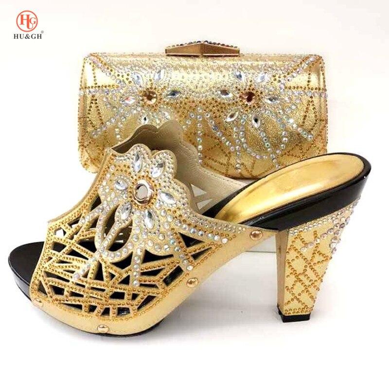 جديد الذهب اللون الأفريقي مجموعات 2018 نيجيريا الزفاف الأحذية والحقائب مجموعة Decoratd مع حجر الراين مجموعة الايطالية الأحذية والحقائب لمطابقة-في أحذية نسائية من أحذية على  مجموعة 1
