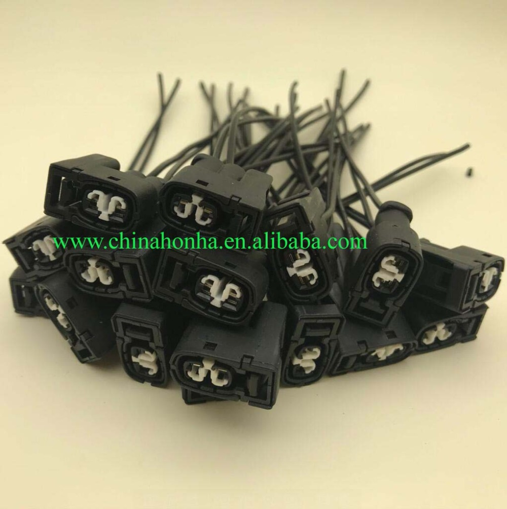 10pcs 2Pin Ignition Coil Connector Case For <font><b>Toyota</b></font> <font><b>1JZ</b></font> <font><b>2JZ</b></font> <font><b>1JZ</b></font> GTE <font><b>2Jz</b></font> for Lexus SC300 for Mazda RX7 S6 7283-8226-30 image