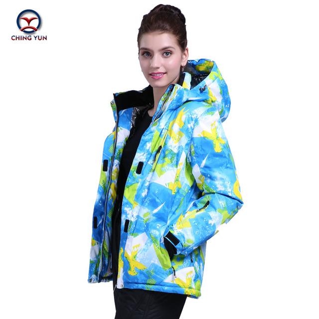 2016 abrigo de invierno cálido algodón de las mujeres a prueba de viento impermeable Multi-color de impresión capa de la chaqueta de algodón térmico pantalones conjunto informal