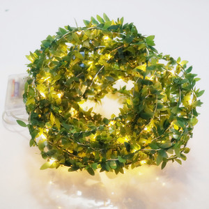 LED leaf wicker garland batter