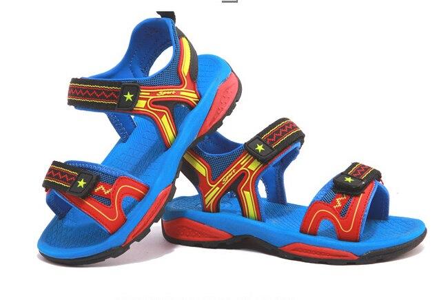 90a37873b Nuevo 2017 Verano Niños Zapatos Niños Sandalias de Hook   Loop Transpirable  y antideslizante Para Niños