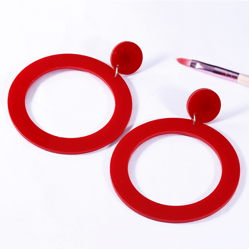 HTB10nbVXc vK1RkSmRyq6xwupXaZ - SOHOT 2018 New OL Style Hollow Double Round Hoop Earrings Charming Red Black White Color Women Jewelry Bijoux For Party Gift