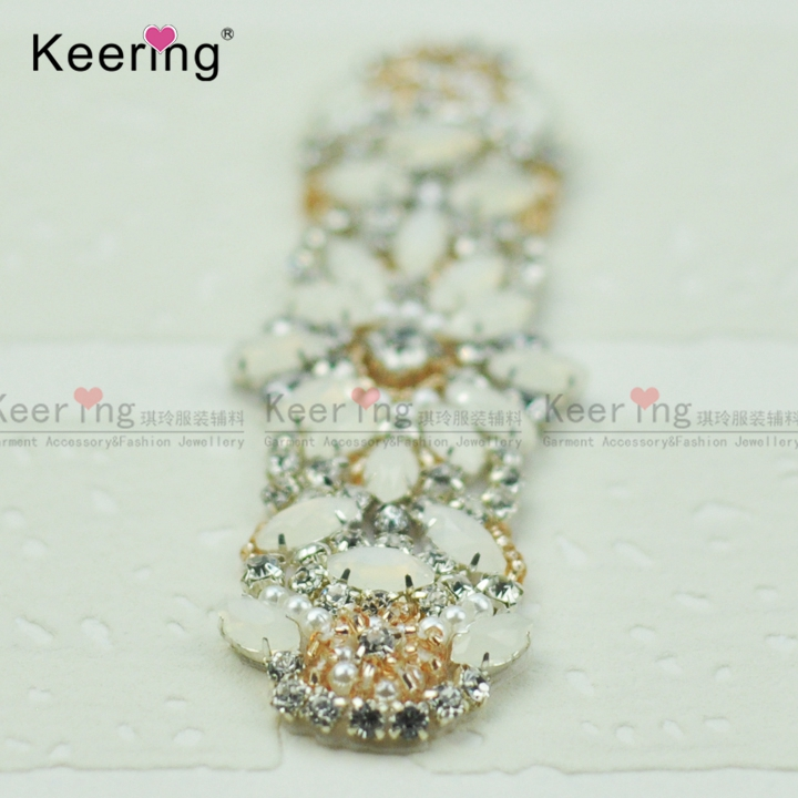 Keering Fashion Pretty jelly Sparkling Crystal Rhinestone Applique For Bridal  Sash and baby headband WRA 977-in Patches from Home   Garden on  Aliexpress.com ... 765d6ba29e3d