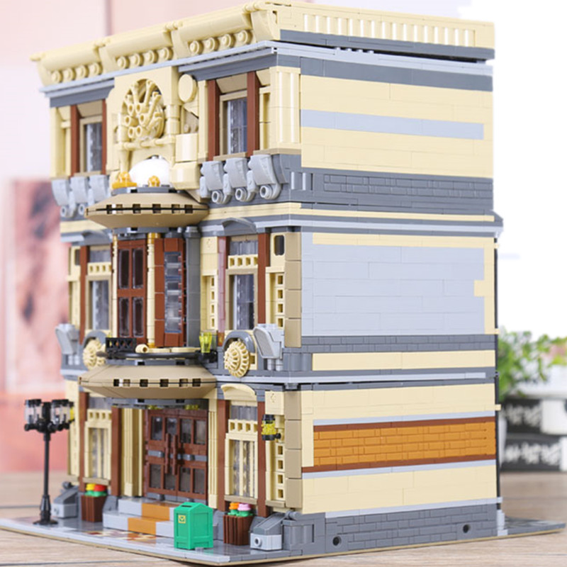 DHL Creator Architecture Street View City Maritime Museum Building Blocks Sets Bricks Classic Model Kids Toy Compatible Legoings