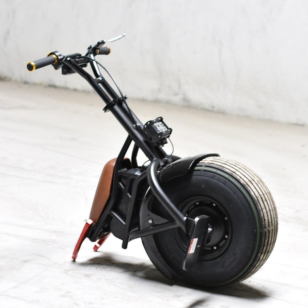Une Roue Électrique Hoverboard Monocycle Monowheel Auto Équilibrage Scooter Planche À Roulettes Hoverboard avec LED lumières et siège