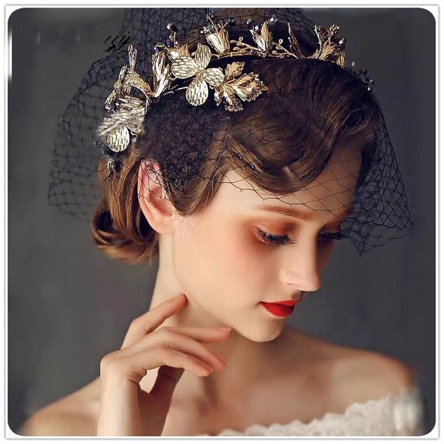2016 New Arrival Ouro Clássico flor de Cristal Nupcial Tiaras Crown para a Noiva vestido De Noiva Cocar Jóias Acessórios de Cabelo