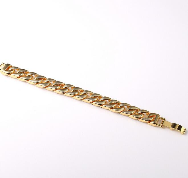 Miami gold jewelry