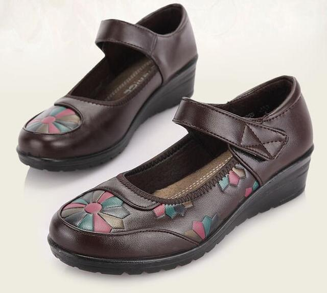 Ladies Flat Soft Shoe Leather Shoes Black Brown Lady Comfort Women Shoes Sy-1353
