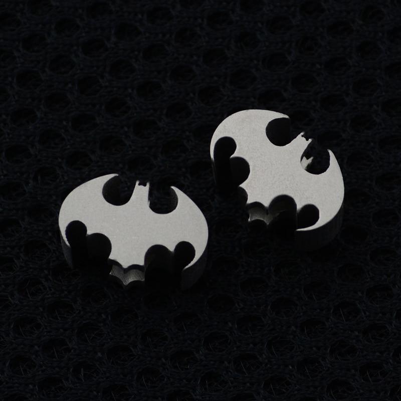 Spor ve Eğlence'ten Dış Mekan Aletleri'de 1 ADET Batman Titanyum Alaşımlı Bıçak Boncuk Bıçak Kordon Kolye Cep telefon ahizesi Yaratıcı Hediye Açık EDC Cep Aracı title=