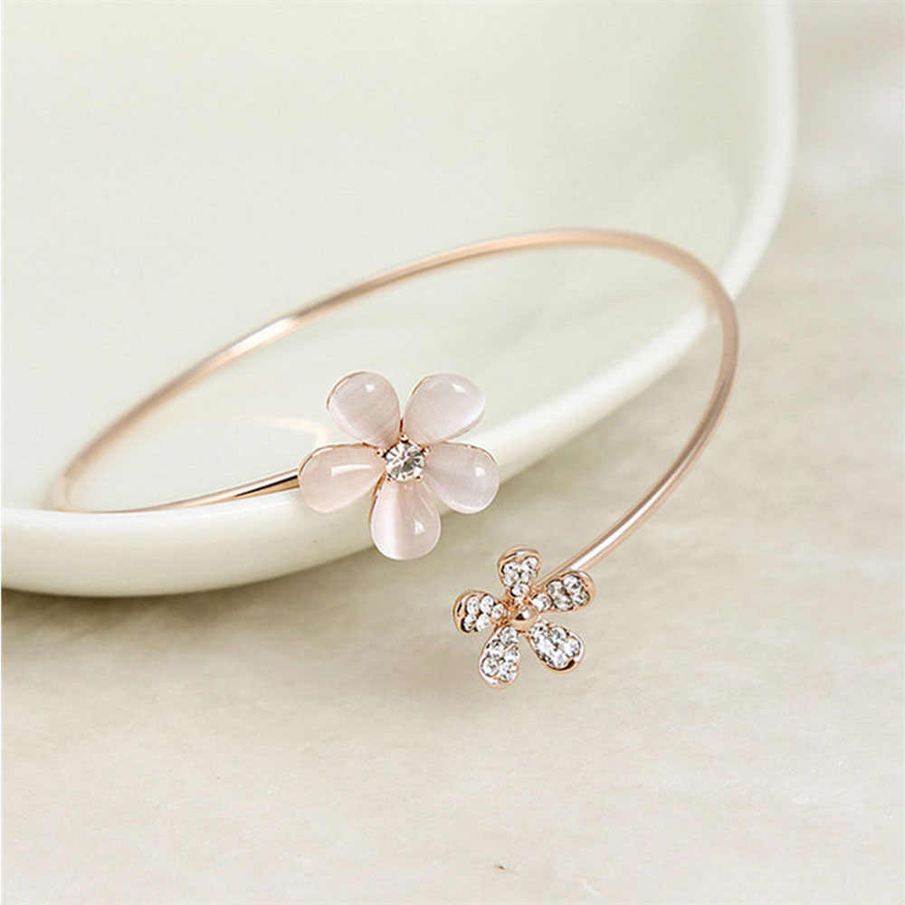 1pc Classic Luxury Trendy Women Crystal Double Five Leaf Indian Flower Cuff Bracelet Bangle Charm Stainless Steel Jewelry Gift