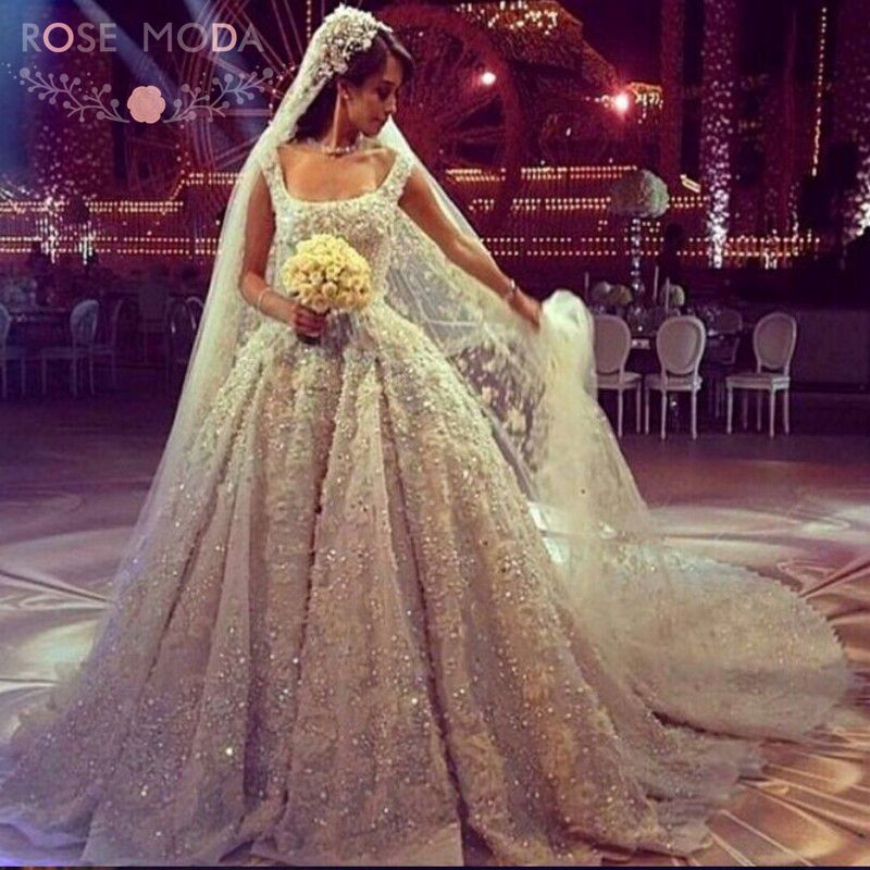 Online buy wholesale royal wedding dress from china royal for Wedding dresses with royal length train