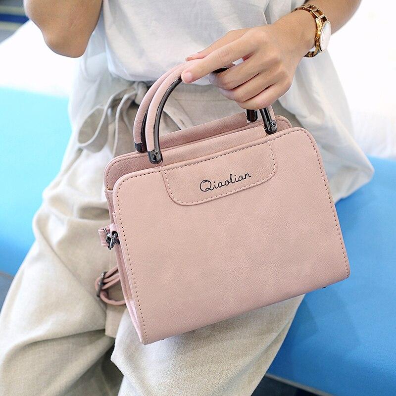 Free shipping, 2018 new woman trend handbags, retro Korean version women bag, leisure messenger bag, fashion small fresh flap.