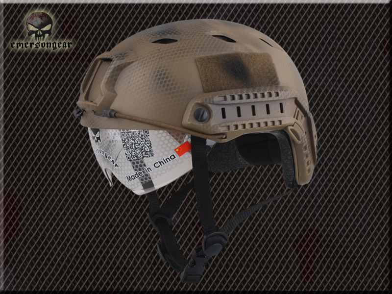 US $46 96 5% OFF|2017 NEW Emerson Airsoft FAST Helmet with Protective  Goggle BJ Type helmet Military Cycling sport helmet EM8818G-in Helmets from