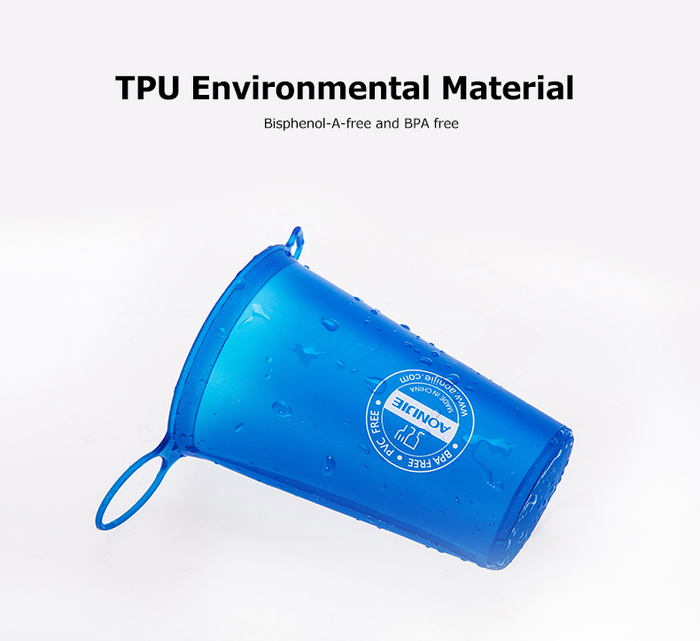 Foto of TPU material water's flask folding TPU for sport. Collapsible flask of water 500ml for hiking