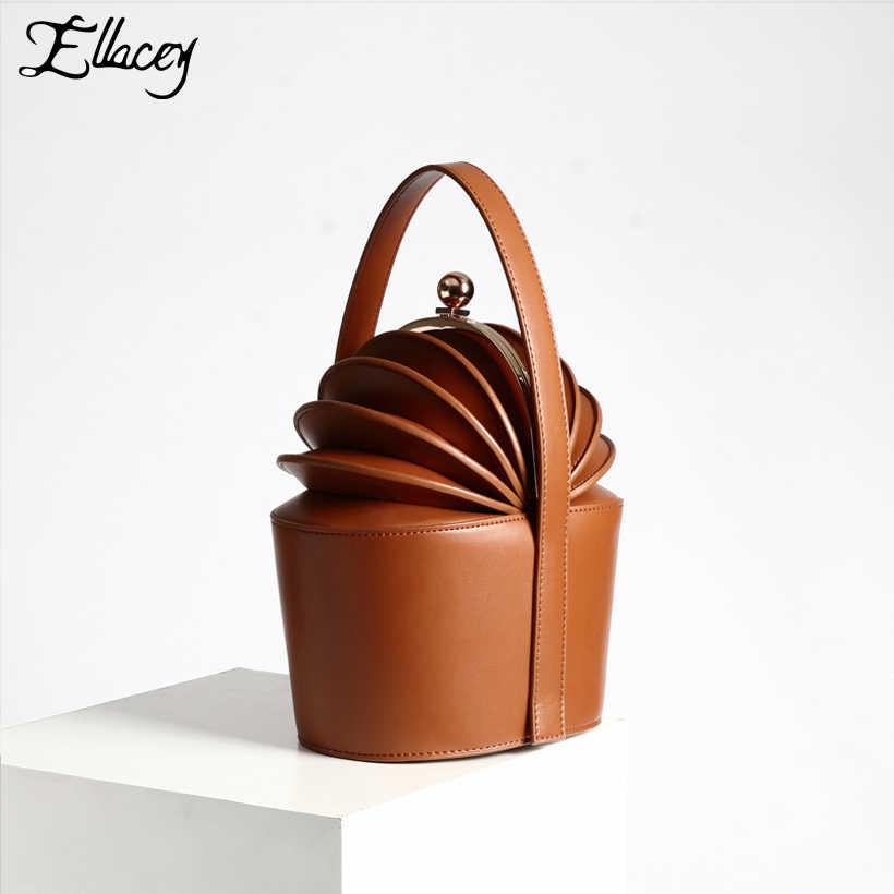 fe9329b3119a Новинка 2019 г. женские кожаные сумки из яловичного спилка с короткими  ручками и корзинками,