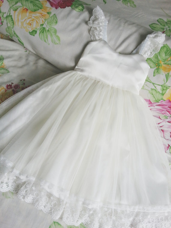 Lace Flower Girl Dress For Weddings Tulle Pageant Dress Knee Length Ivory Sweetheart Dress A-Line Mother Daughter Dresses buttoned knee length pin up dress