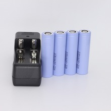 4pcs ICR18650-32A 3200mah Rechargeable Li-ion 3.7v Battery For samsung flashlights + charger