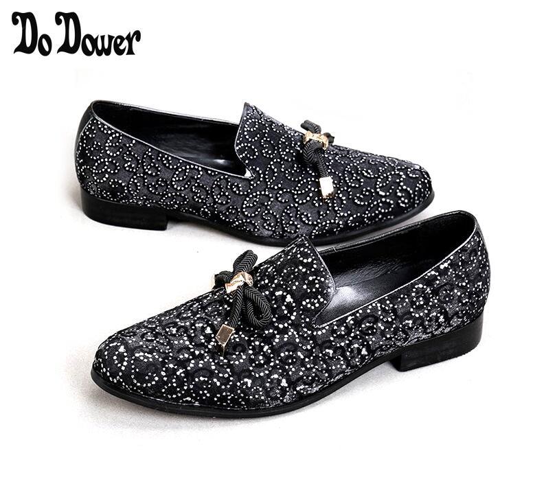 Модный Роскошный Повседневный формальный обувь для мужчин черный/красный Натуральная кожа кисточкой мужские свадебные туфли золотые металлические мужские лоферы со стразами