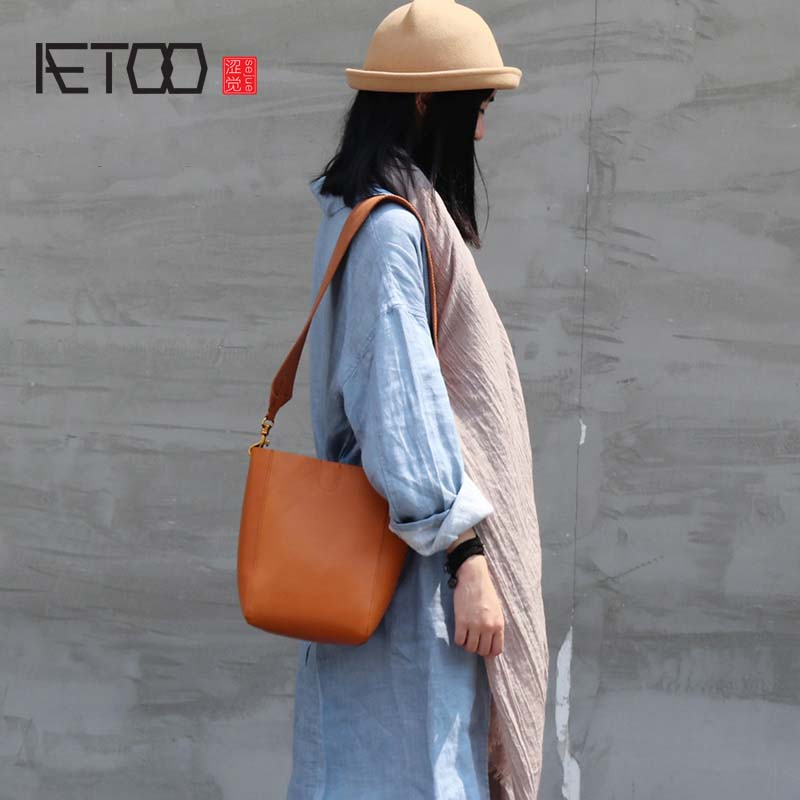 AETOO New handmade leather handbag women shoulder strap bucket bag Vegetable tanned genuineleather literary retro small tote bag спрей scholl fresh step 150 мл