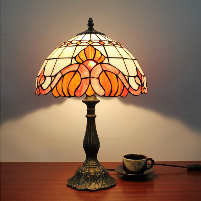 Fashion Creative European Tiffany Table Lamp Antique Red Bedroom Lamp Hotel  Villa Wedding Light LED Table