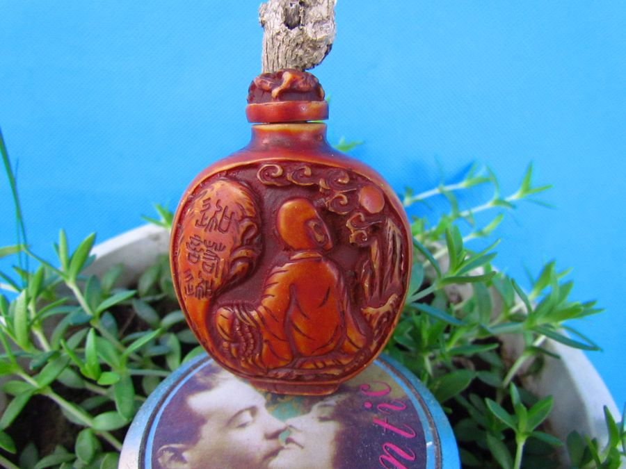 Old Bone snuff bottle Carven Character God Lucky snuff box