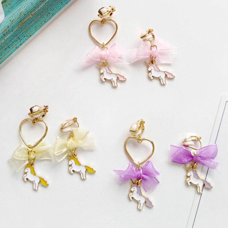 Us 0 79 6 Off Creative Anese And Korean Simple Bow Heart Shaped Earrings Wild Unicorn Fashion Asymmetric Las Ear Clip Jewelry In Stud