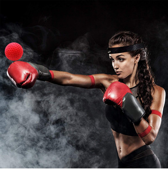 Burn 500 - 750 calories per training session - Kick Boxing Reflex Ball Training
