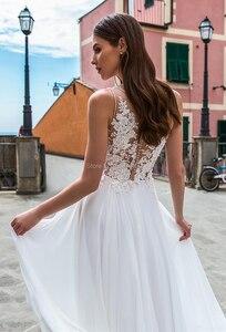 Image 2 - חוף קו שיפון חתונת שמלות עמוק V צוואר מקיר לקיר אורך לטאטא רכבת כפתור אשליה חתונת כלה שמלות Vestido דה noiva
