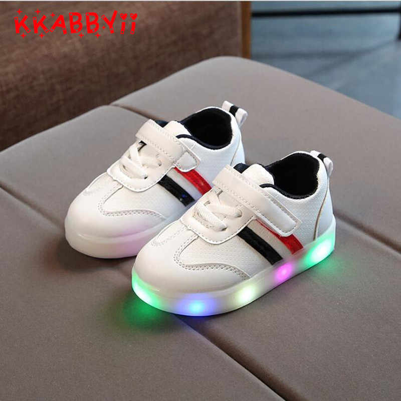 9291d5257651 ... 2018 New Spring Autumn Children s Luminous Sneakers Kids Led Shoes  Chaussure Enfant Girls Boys Shoe With ...