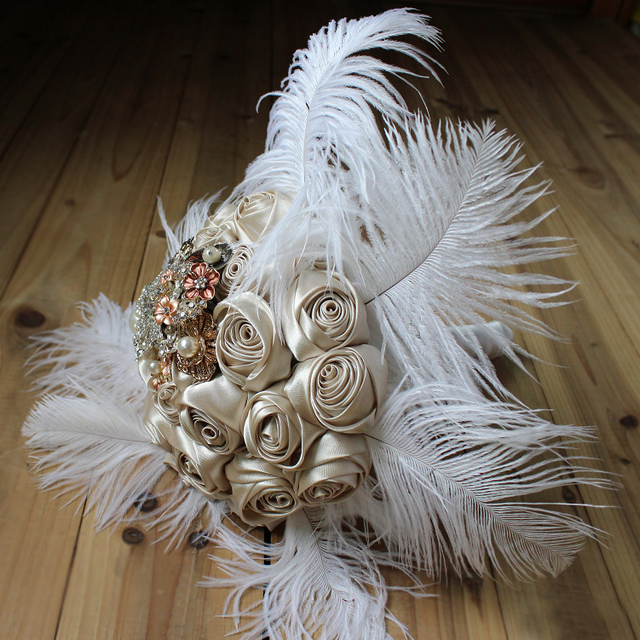 8-дюймовый, пользовательские шампанское шелковые розы свадебный букет, брошь букет белый страуса перо невеста 'ы букет, свадебный декор