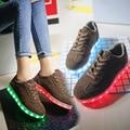 Crianças de Carregamento USB Led sapatos homem adulto mulheres Com Light Up sapatilhas Crianças Meninos Meninas Casual Sneakers Luminosas Sapatos Brilhantes