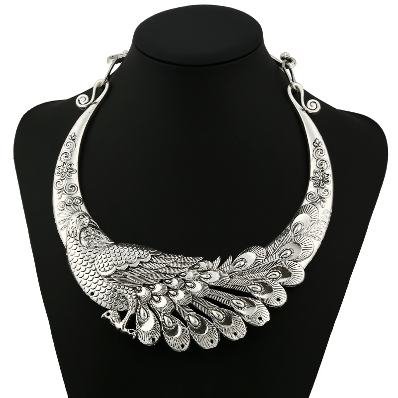 2017 fashion silver peacock vintage collar choker necklace maxi ethnic statement  necklace women Jewelry wholesale 90683d65622e
