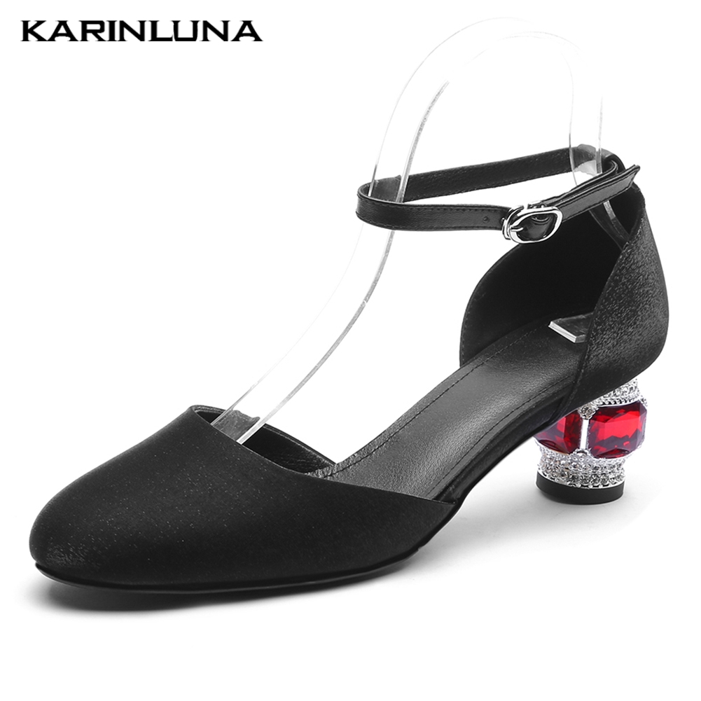 Marque design haute qualité soie peau de mouton cuir été sandales femme chaussures style étrange cristal talons chaussures femme sandales 2019