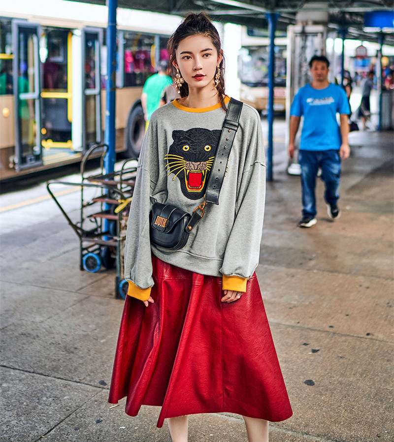 2018 Nouvelle Printemps Gris Femmes Broderie Sweats Shirts Pulls Patchwork Manches À Tigre Longues Arrivée Hoodies Sweat A5qrcg1A