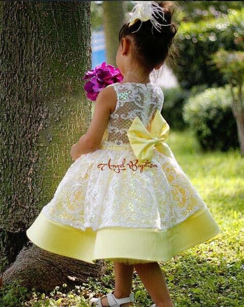 Superbes lacets jaunes appliques courtes enfant en bas âge robes de remise des diplômes bébé 1st robe de fête d'anniversaire pour photoshoot avec arc