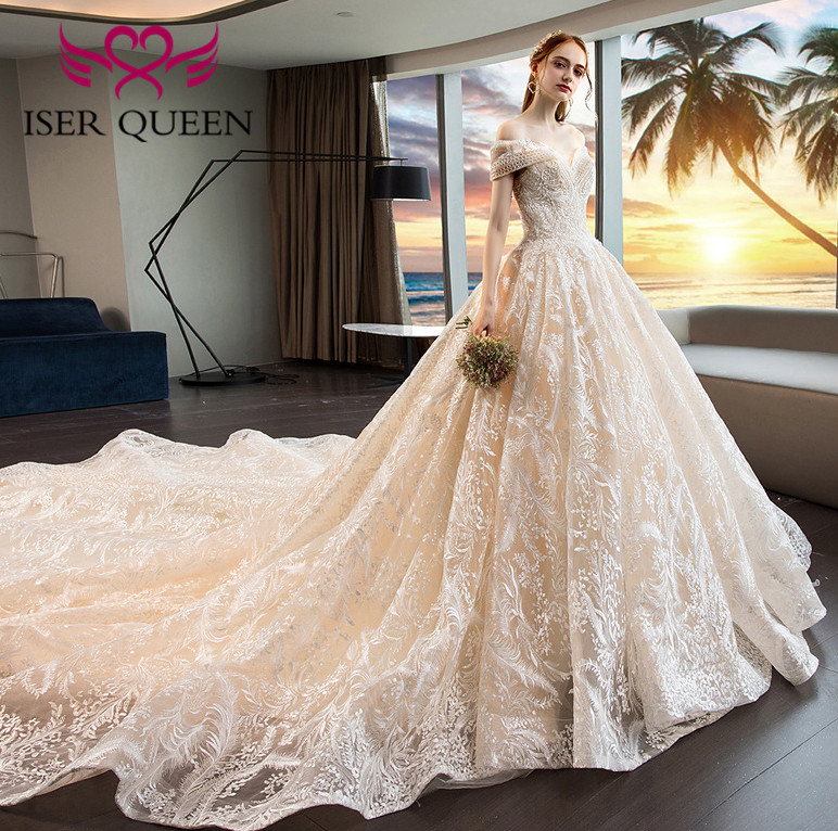 Luxury Embroidery Wedding Dress 2019  Cap Sleeves Champagne Beading Lace Bridal Dresses Ball Gown Lace up Big Train WX0020