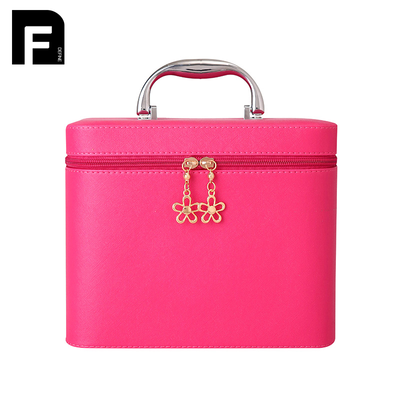 2017 Luxury Cosmetic Bag Big Professional Toiletry Bags Travel Makeup Case Beauty Necessaries Make up Storage